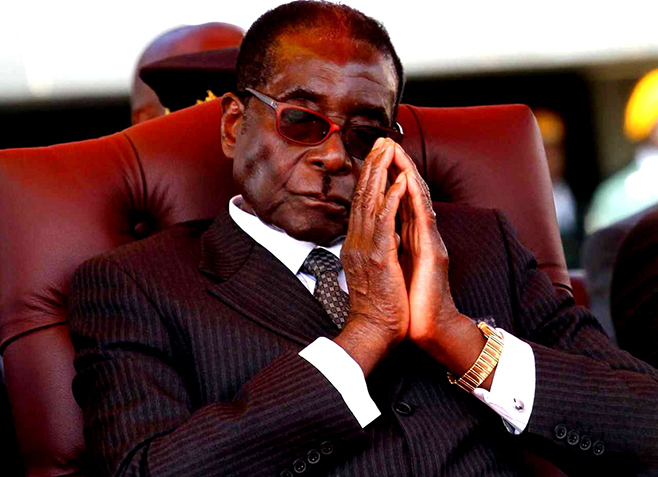 Mugabe returns to parly
