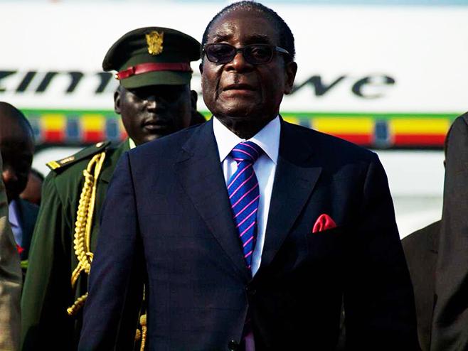 Investors await Mugabe's exit, says analyst