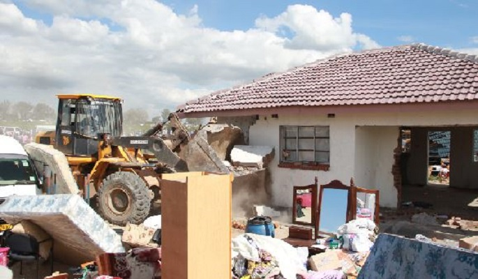 Grief as bulldozers raze Harare mansions