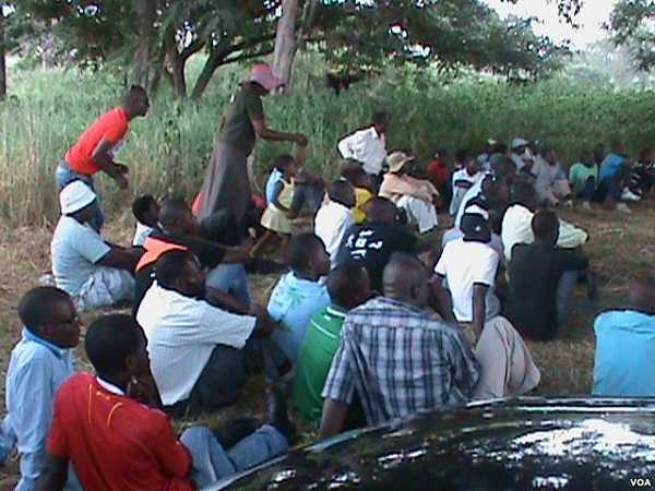 Former Zanu PF, MDC officials attend Mujuru's People First party meeting