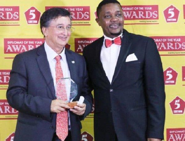 Zimbabwe: UN boss bags award